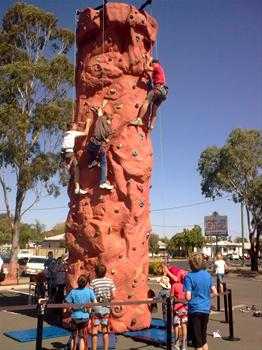 Base-Zero-Portable-Mobile-Rock-climbing-walls-Australia_30454_image
