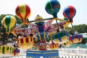Hot-theme-rides-samba-balloons
